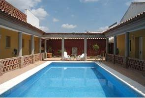 villa in spain sleeps 4 with a swimming pool